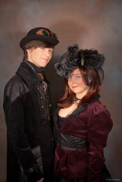 Steampunkyish Couple