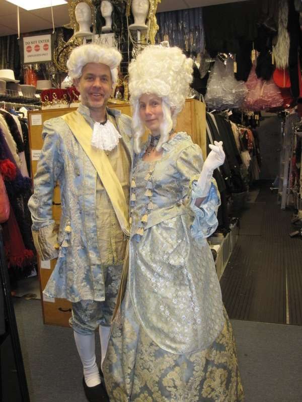 Colonial Male and Female Marie Antoniette Blue